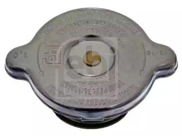 Крышка радиатора на VOLKSWAGEN PASSAT 'FEBI 04496'.
