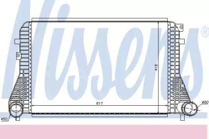 Интеркулер на SEAT ALTEA 'NISSENS 96568'.