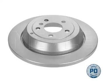 Задний тормозной диск на MERCEDES-BENZ R-CLASS 'MEYLE 015 523 0028/PD'.