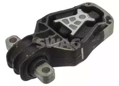 Задня подушка двигуна на Mercedes-Benz GLA  SWAG 10 10 0054.
