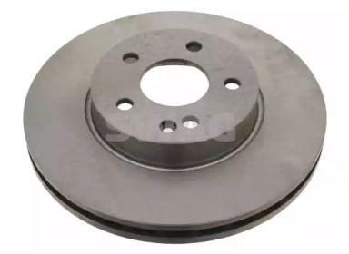 Вентилируемый передний тормозной диск 'SWAG 10 92 4076'.