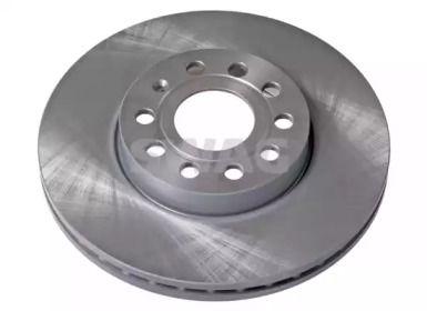 Вентилируемый передний тормозной диск 'SWAG 32 92 2902'.
