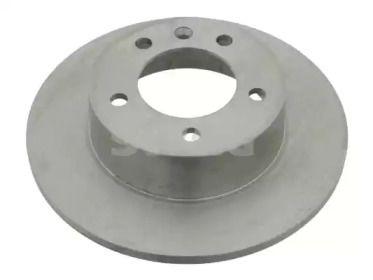 Задний тормозной диск 'SWAG 60 92 4491'.