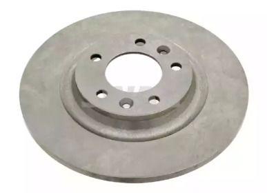 Задний тормозной диск на PEUGEOT RCZ 'SWAG 62 92 6037'.