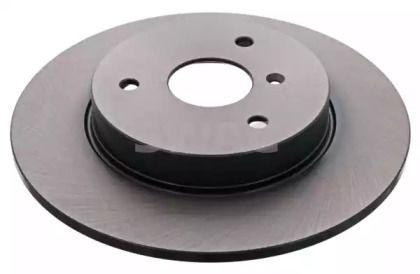 Передний тормозной диск на Смарт Родстер 'SWAG 99 92 2345'.
