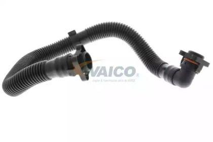 Шланг вентиляции картера 'VAICO V10-3092'.