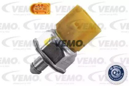 Датчик давления топлива на VOLKSWAGEN JETTA 'VEMO V10-72-1291'.