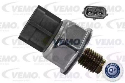 Датчик давления топлива 'VEMO V25-72-1103'.