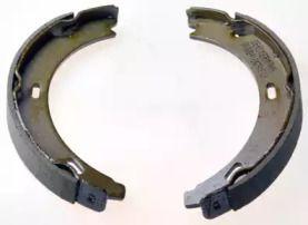 Тормозные колодки ручника 'DENCKERMANN B120041'.