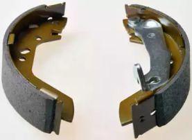 Барабанні гальмівні колодки на HYUNDAI ACCENT 'DENCKERMANN B120123'.