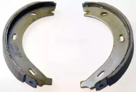 Барабанні гальмівні колодки 'DENCKERMANN B120127'.
