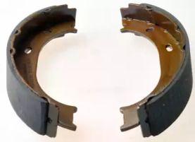Барабанні гальмівні колодки 'DENCKERMANN B120128'.