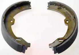 Барабанні гальмівні колодки на Мерседес W211 DENCKERMANN B120203.