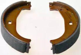 Гальмівні колодки ручника 'DENCKERMANN B120204'.