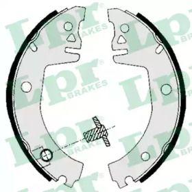 Барабанні гальмівні колодки 'LPR 05780'.