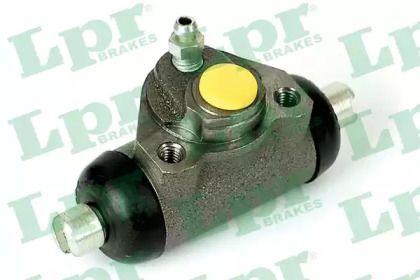 Задний тормозной цилиндр 'LPR 4453'.