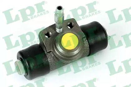Задний тормозной цилиндр 'LPR 4912'.