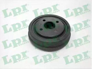 Тормозной барабан 'LPR 7D0137'.
