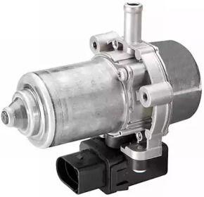 Вакуумный усилитель тормозов на Фольксваген Джетта 'HELLA 8TG 008 570-027'.