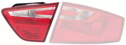 Задний правый фонарь на SEAT TOLEDO 'HELLA 2ZR 011 141-081'.