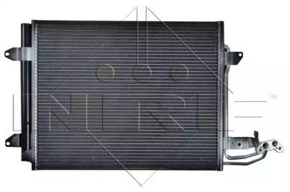 Радиатор кондиционера на Фольксваген Гольф 'NRF 35521'.