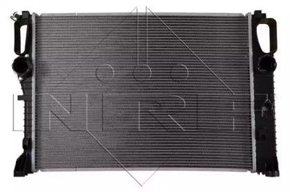 Радіатор охолодження двигуна на Mercedes-Benz W211 NRF 53422.