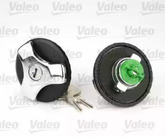 Кришка бензобаку з ключем на Mercedes-Benz GLC  VALEO 247609.