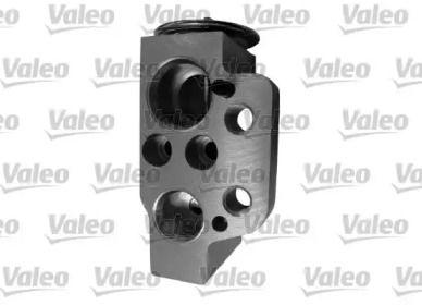Расширительный клапан кондиционера на Фольксваген Пассат 'VALEO 509901'.