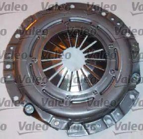 Комплект зчеплення на Мазда МХ3 'VALEO 821295'.