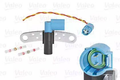 Датчик положення колінчастого валу VALEO 254016.
