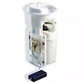 Электрический топливный насос на SKODA OCTAVIA A5 'MEAT & DORIA 76441'.