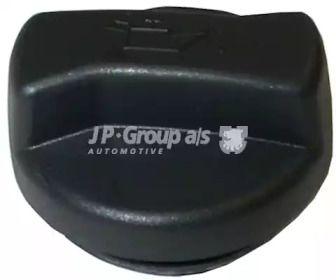 Крышка маслозаливной горловины на VOLKSWAGEN PASSAT 'JP GROUP 1113600400'.