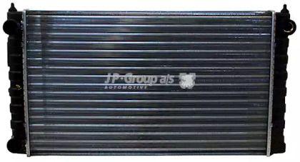 Алюминиевый радиатор охлаждения двигателя на Фольксваген Пассат 'JP GROUP 1114201900'.