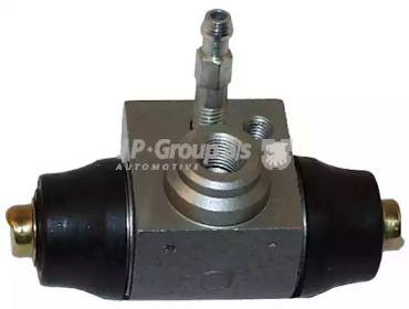 Задний тормозной цилиндр на SKODA OCTAVIA A5 'JP GROUP 1161301000'.
