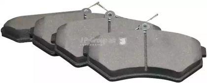 Передняя тормозные колодки на SEAT TOLEDO 'JP GROUP 1163601910'.