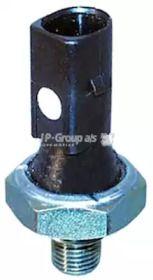 Датчик давления масла на VOLKSWAGEN GOLF 'JP GROUP 1193501200'.