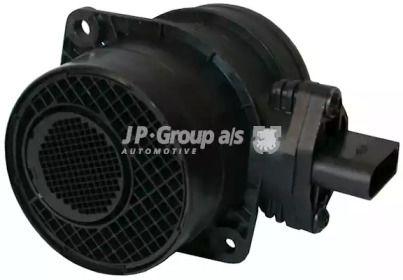 Расходомер воздуха на VOLKSWAGEN GOLF 'JP GROUP 1193902100'.