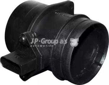 Расходомер воздуха на VOLKSWAGEN GOLF 'JP GROUP 1193902900'.