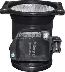 Расходомер воздуха на AUDI 80 'JP GROUP 1193903200'.