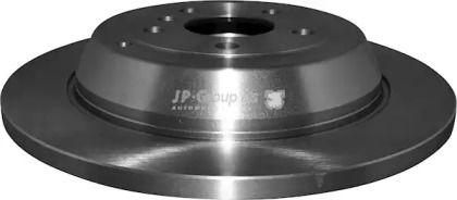 Задний тормозной диск на MERCEDES-BENZ R-CLASS 'JP GROUP 1363201700'.