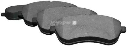 Переднї гальмівні колодки на Mercedes-Benz W212 JP GROUP 1363601310.