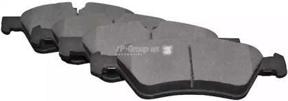 Переднї гальмівні колодки на Мерседес Гл Клас  JP GROUP 1363602610.
