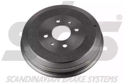 Тормозной барабан на FIAT LINEA 'SBS 1825251001'.