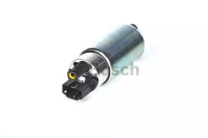 Електричний паливний насос 'BOSCH 0 580 454 140'.