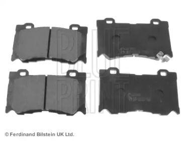 Передние тормозные колодки на NISSAN 370Z 'BLUE PRINT ADN142148'.