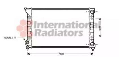 Радиатор охлаждения двигателя на VOLKSWAGEN PASSAT 'VAN WEZEL 58002072'.