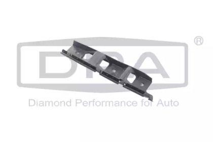 Правое крепление переднего бампера на VOLKSWAGEN PASSAT 'DPA 88070049102'.