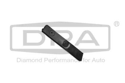 Праве кріплення переднього бампера 'DPA 88070144402'.