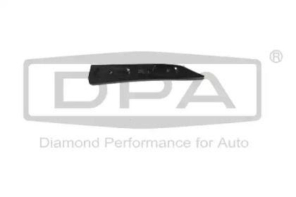 Праве кріплення переднього бампера 'DPA 88070776702'.
