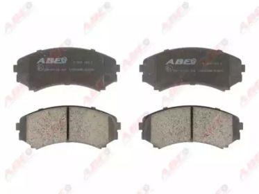 Переднї гальмівні колодки на Мазда МПВ 'ABE C15040ABE'.